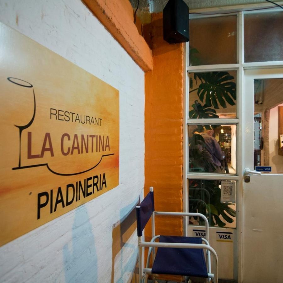 La Cantina Piadineria y Restaurante