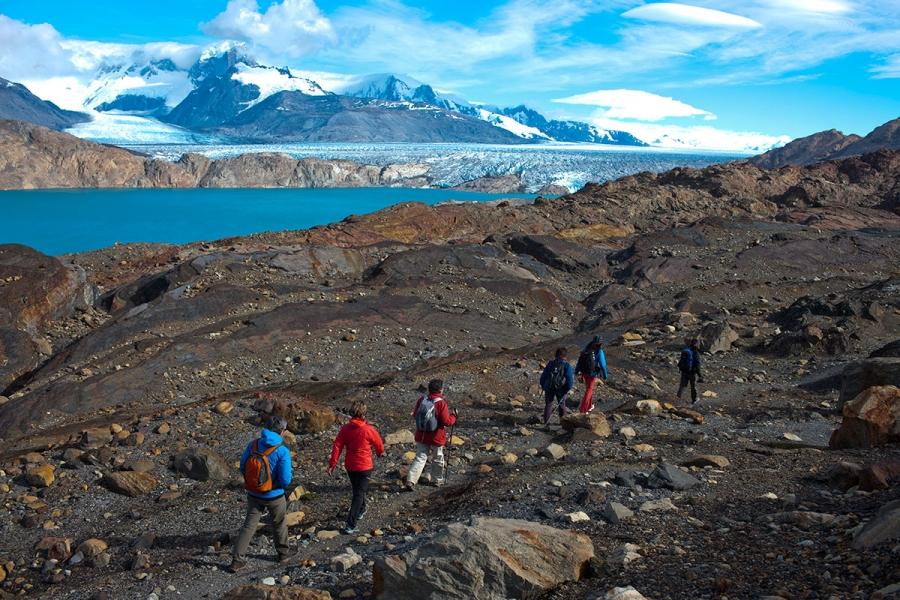 Trekking Cañadon de los Fosiles em Ea Cristina